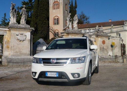 Fiat Freemont provata su strada la nuova crossover Fiat - Foto 32 di 39