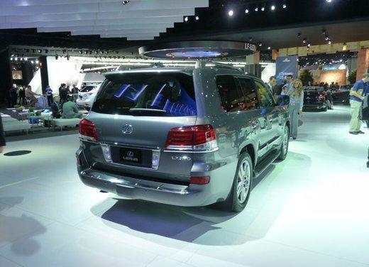 Lexus LX 570 - Foto 4 di 12