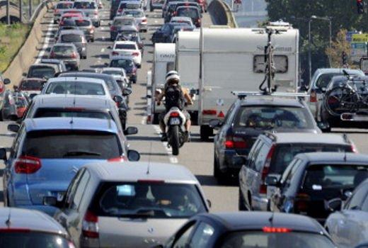 Sicilia bloccata da tre giorni dallo sciopero dei Tir causa aumento gasolio - Foto 5 di 8