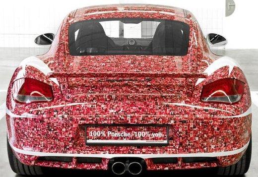 Porsche Cayman S per festeggiare 2 milioni di fan su Facebook - Foto 6 di 10
