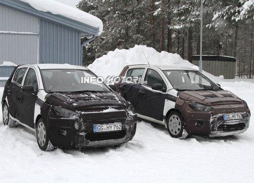 Hyundai i20, le foto degli interni del restyling 2012 - Foto 7 di 18