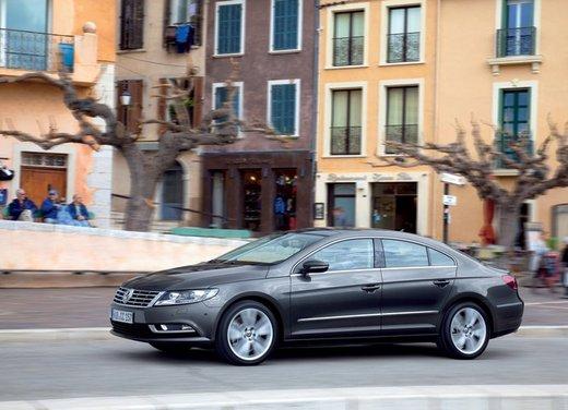 Volkswagen CC prova su strada - Foto 7 di 24