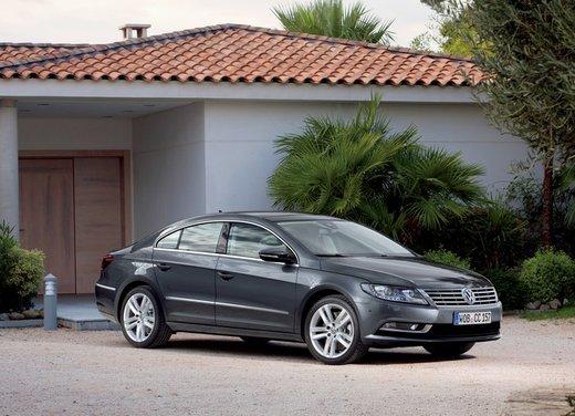 Volkswagen CC prova su strada - Foto 10 di 24