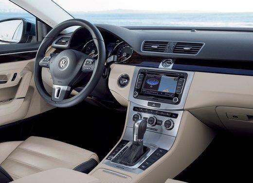 Volkswagen CC prova su strada - Foto 15 di 24