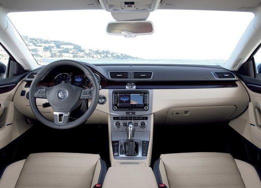 Volkswagen CC prova su strada - Foto 16 di 24