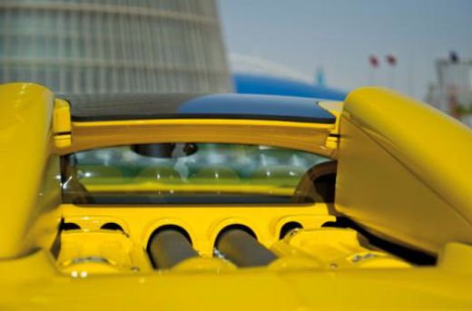 Bugatti Veyron Grand Sport Special Edition al Qatar Motor Show - Foto 5 di 17