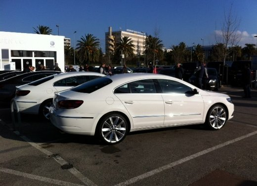 Volkswagen CC prova su strada - Foto 4 di 24
