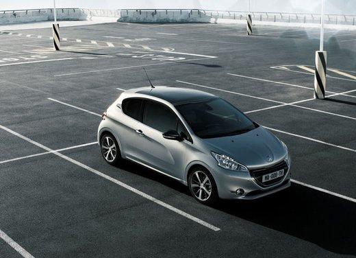 Peugeot 208 Access 3 porte con motore 12V 1.0 VTi da 68 CV a 11.650 € - Foto 30 di 48