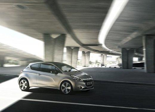 Peugeot 208 Access 3 porte con motore 12V 1.0 VTi da 68 CV a 11.650 € - Foto 15 di 48