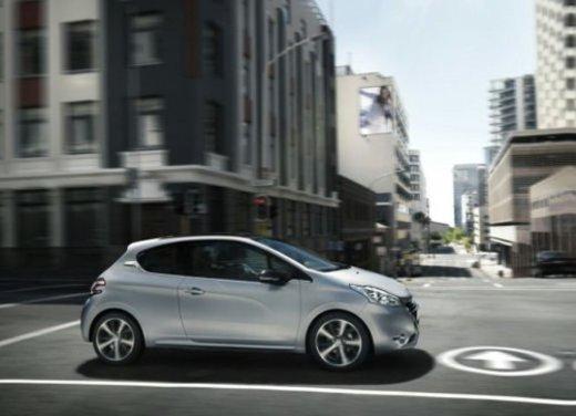 Peugeot 208 Access 3 porte con motore 12V 1.0 VTi da 68 CV a 11.650 € - Foto 3 di 48