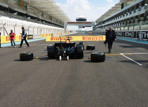 F1 2012: il GP di Abu Dhabi dal punto di vista dei Pirelli P Zero - Foto 25 di 48