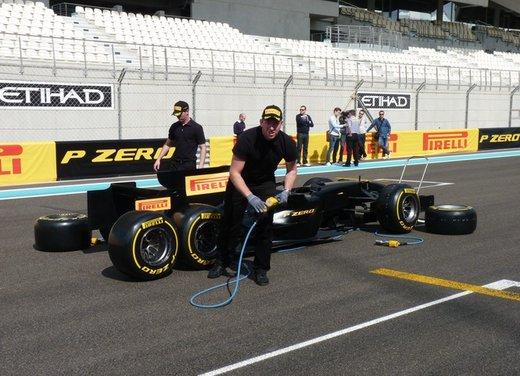 F1 2012: il GP di Abu Dhabi dal punto di vista dei Pirelli P Zero - Foto 3 di 48