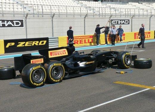 F1 2012: il GP di Abu Dhabi dal punto di vista dei Pirelli P Zero - Foto 4 di 48