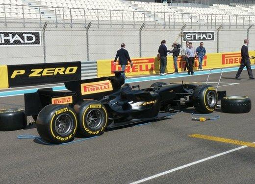 F1 2012: il GP di Abu Dhabi dal punto di vista dei Pirelli P Zero - Foto 5 di 48