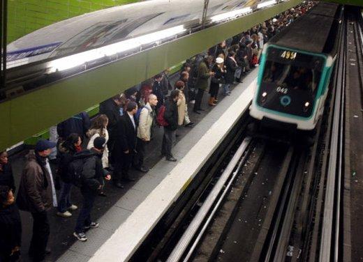 Sciopero mezzi pubblici a Roma venerdi 19 aprile: Atac e Roma Tpl si fermano per 24 ore - Foto 32 di 35
