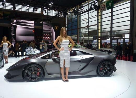 Lamborghini Aventador Roadster e Lamborghini Estoque al Salone di Ginevra? - Foto 8 di 14