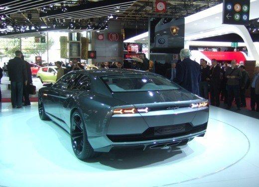 Lamborghini Aventador Roadster e Lamborghini Estoque al Salone di Ginevra? - Foto 12 di 14