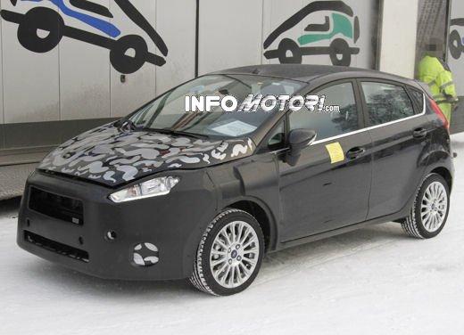 Ford Fiesta 2012, la nuova generazione pronta al debutto - Foto 18 di 24