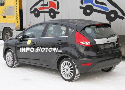 Ford Fiesta 2012, la nuova generazione pronta al debutto - Foto 21 di 24