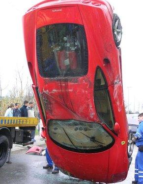 Incidenti Ferrari, tutti i crash più curiosi - Foto 5 di 22