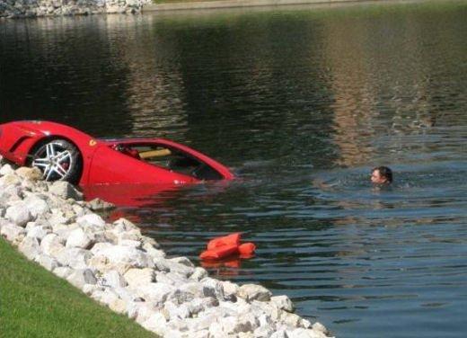 Incidenti Ferrari, tutti i crash più curiosi - Foto 7 di 22