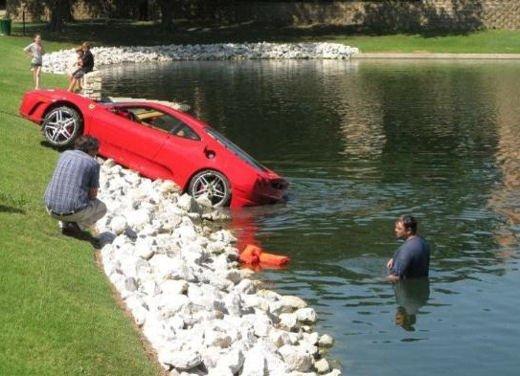 Incidenti Ferrari, tutti i crash più curiosi - Foto 8 di 22
