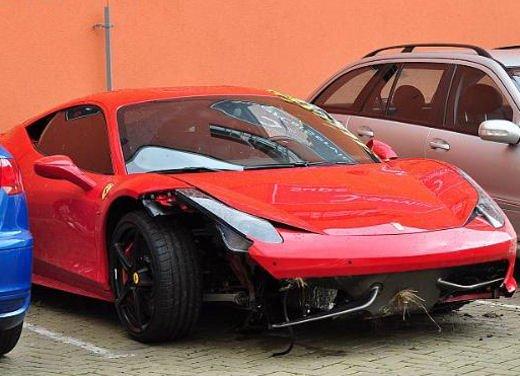 Incidenti Ferrari, tutti i crash più curiosi - Foto 11 di 22
