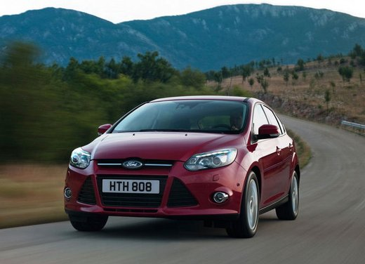 Ford Focus 1.0 Turbo EcoBoost - Foto 16 di 17