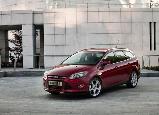 Ford Focus 1.0 Turbo EcoBoost - Foto 8 di 17