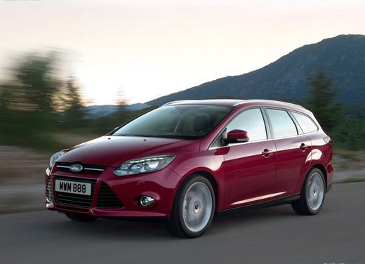 Ford Focus 1.0 Turbo EcoBoost - Foto 10 di 17