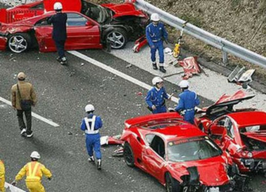 Incidenti Ferrari, tutti i crash più curiosi - Foto 21 di 22