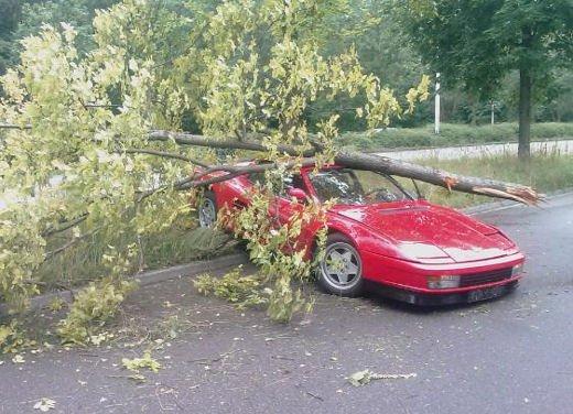 Incidenti Ferrari, tutti i crash più curiosi - Foto 4 di 22