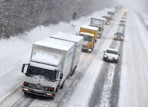 Obbligo catene da neve o  gomme invernali: tutte le strade d'Italia - Foto 1 di 24