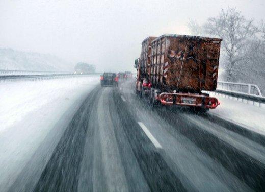 Obbligo catene da neve o  gomme invernali: tutte le strade d'Italia - Foto 7 di 24