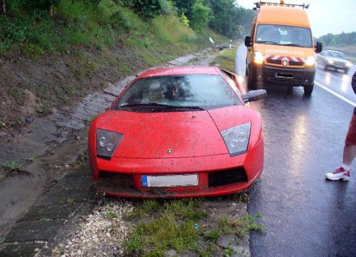 Incidenti Lamborghini, crash singolari da tutto il mondo - Foto 20 di 20