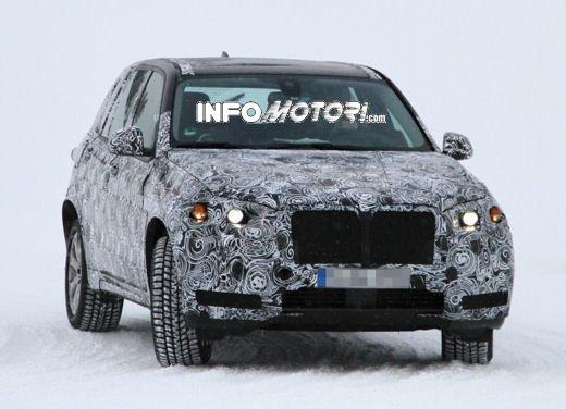 Foto spia degli Interni della nuova BMW X5 - Foto 2 di 11