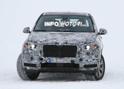 Foto spia degli Interni della nuova BMW X5 - Foto 3 di 11