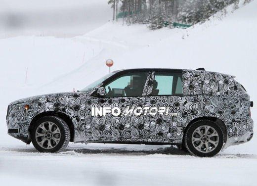 Foto spia degli Interni della nuova BMW X5 - Foto 5 di 11