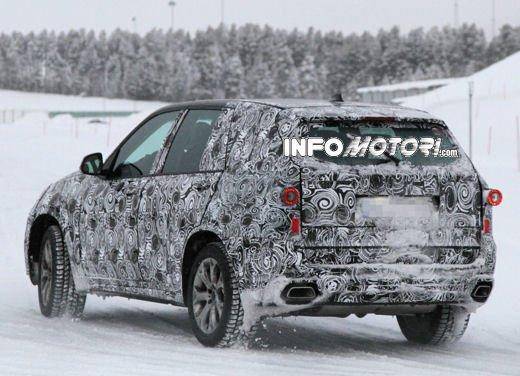 Foto spia degli Interni della nuova BMW X5 - Foto 7 di 11