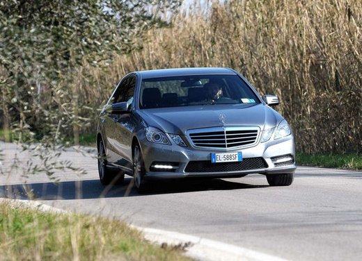 Prova su strada della Nuova Mercedes Classe E berlina, station wagon, cabrio e coupé - Foto 10 di 29