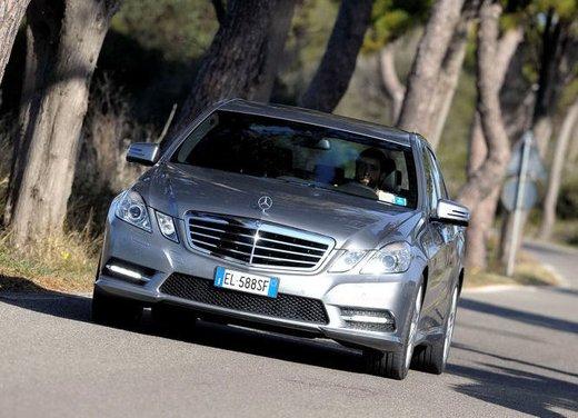 Prova su strada della Nuova Mercedes Classe E berlina, station wagon, cabrio e coupé - Foto 28 di 29