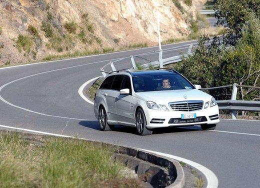 Prova su strada della Nuova Mercedes Classe E berlina, station wagon, cabrio e coupé - Foto 23 di 29