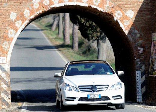 Prova su strada della Nuova Mercedes Classe E berlina, station wagon, cabrio e coupé - Foto 4 di 29