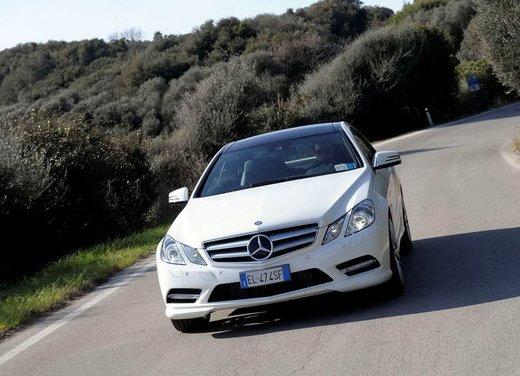 Prova su strada della Nuova Mercedes Classe E berlina, station wagon, cabrio e coupé - Foto 24 di 29