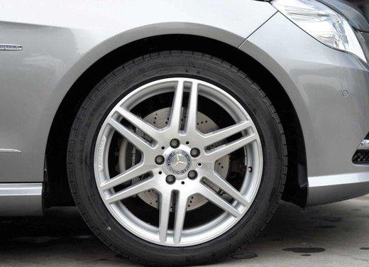 Prova su strada della Nuova Mercedes Classe E berlina, station wagon, cabrio e coupé - Foto 11 di 29