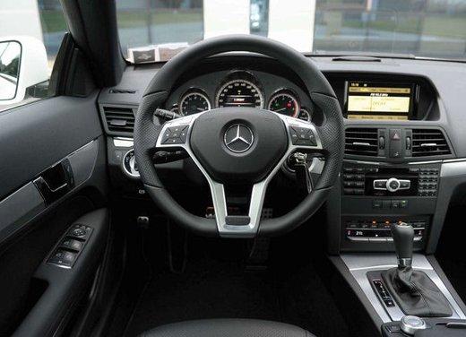 Prova su strada della Nuova Mercedes Classe E berlina, station wagon, cabrio e coupé - Foto 1 di 29