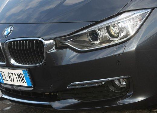 BMW Serie 3: test drive della nuova BMW 335i - Foto 13 di 21
