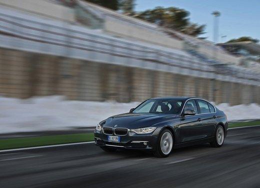 BMW Serie 3: test drive della nuova BMW 335i - Foto 3 di 21