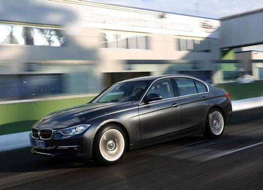 BMW Serie 3: test drive della nuova BMW 335i - Foto 19 di 21