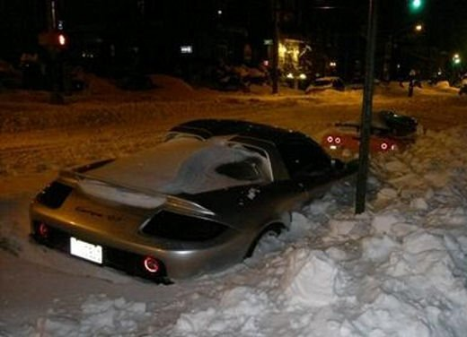 Ferrari 458 Italia crash, incidente a causa della neve - Foto 7 di 15